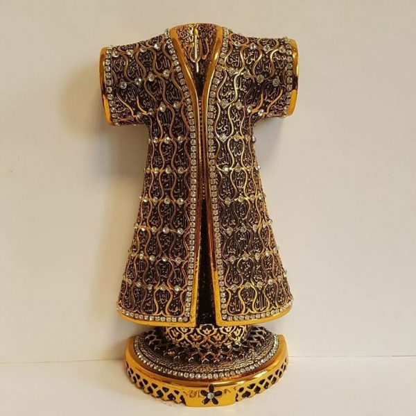 Gold Color Caftan Design Islamic Gift Sculptures