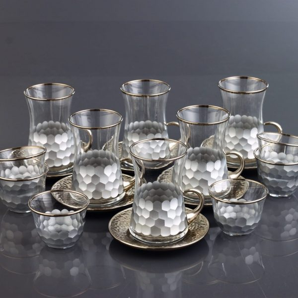 18 Pcs Luxury Silver Color Tea Set With Metal Plates And Coffee Cups