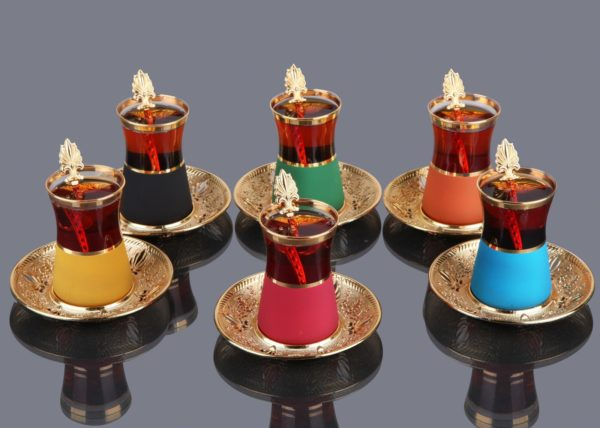 Gold Color Safa Colorfull Tea Set With Spoons